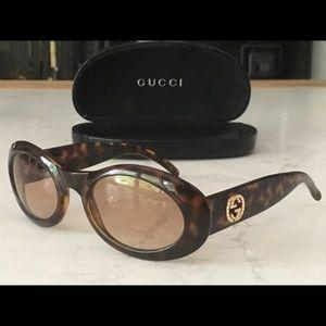 Gucci tortoise GG Logo sunglasses